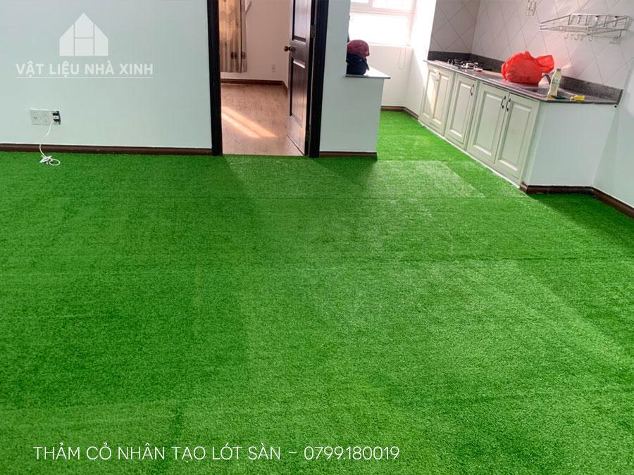 Thảm cỏ nhân tạo lót sàn trong nhà